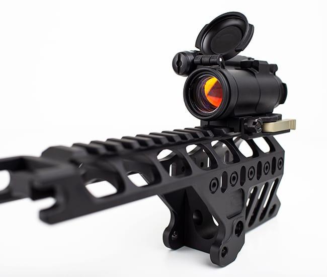 Detta är ett rödpunktsikte för ett sportskytte gevär. De många detaljerna krävde perfekt precision och ytbehandlingen gör designen snygg och sportig.